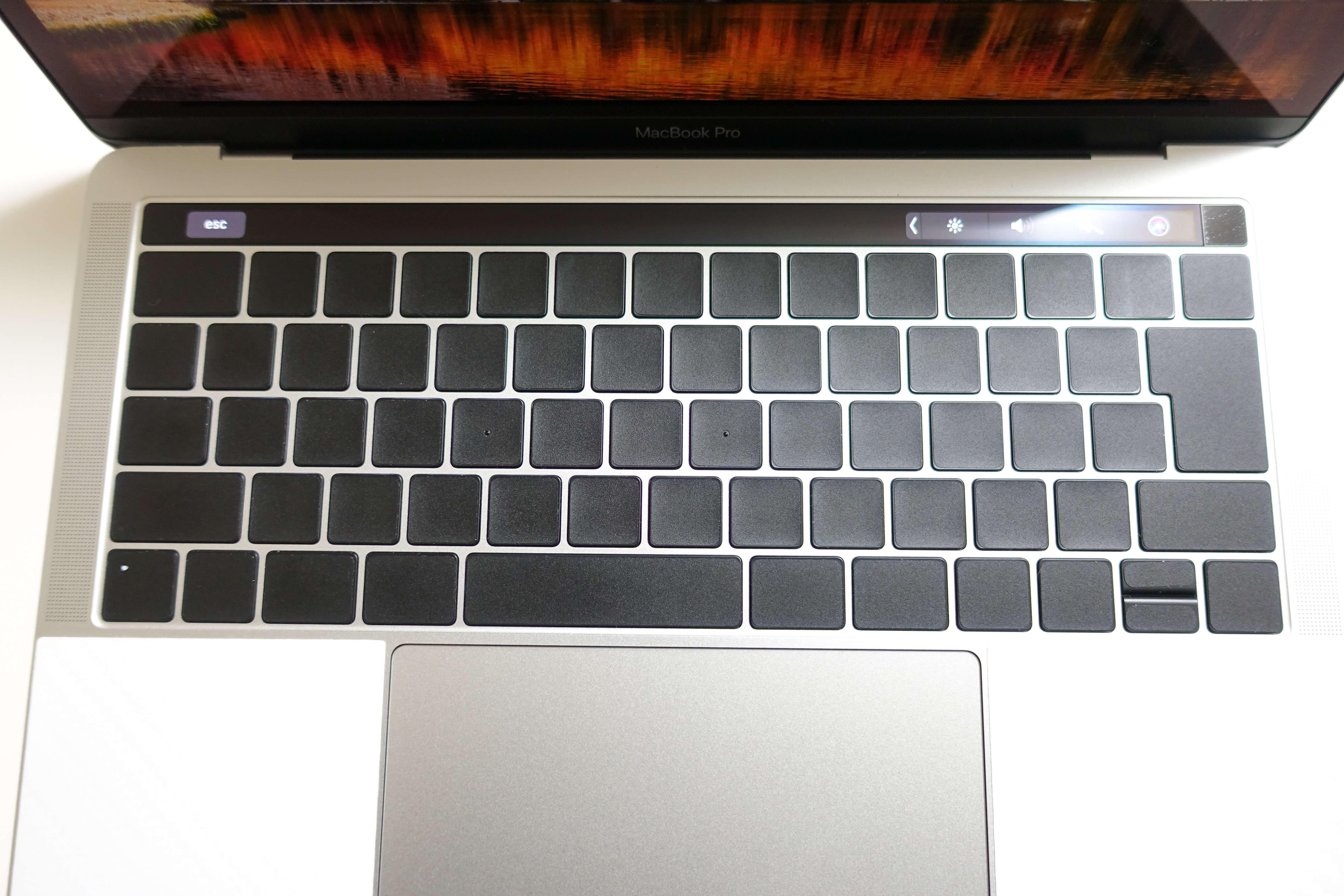 180106 macbook pro 02