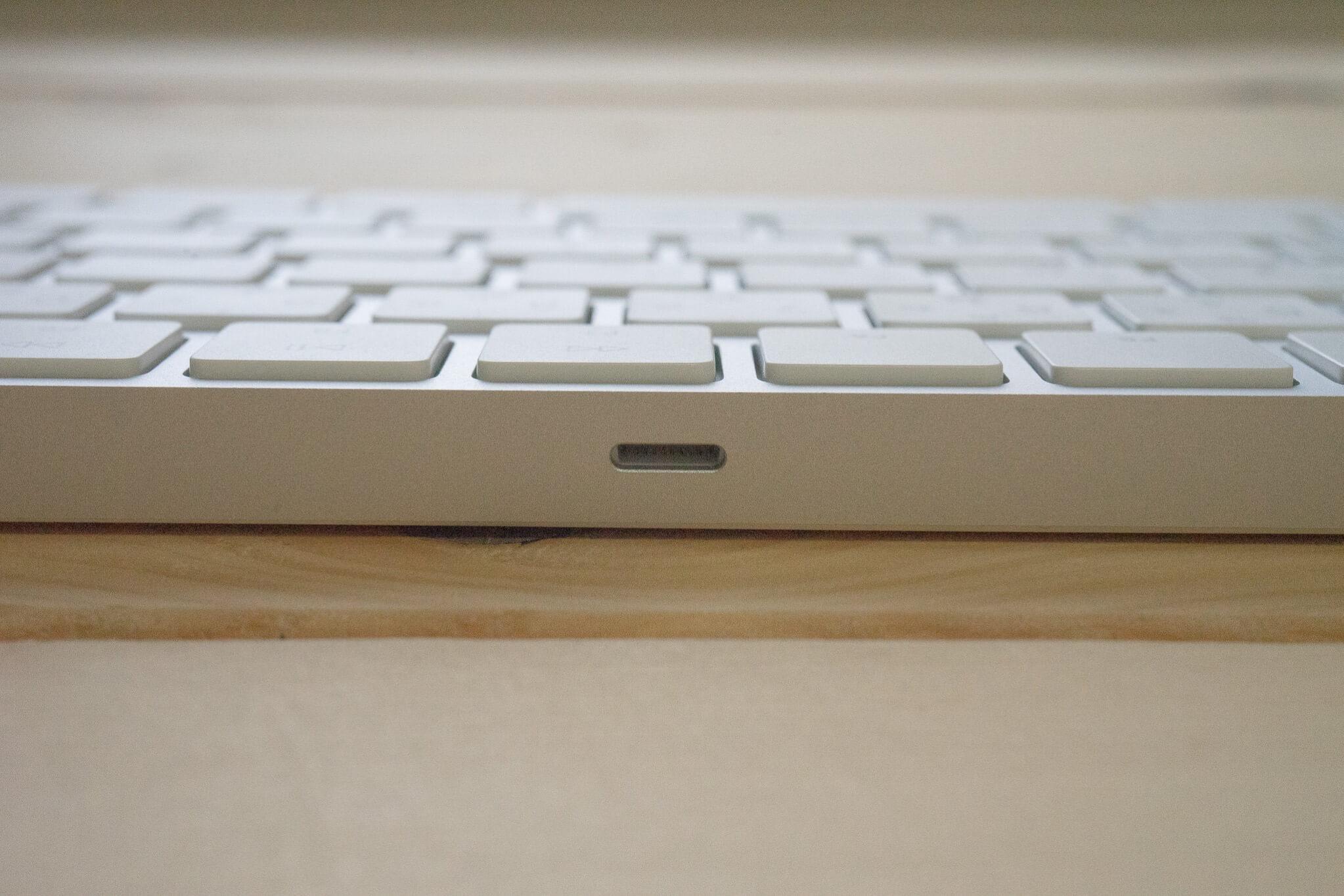 180816 magic keyboard 8