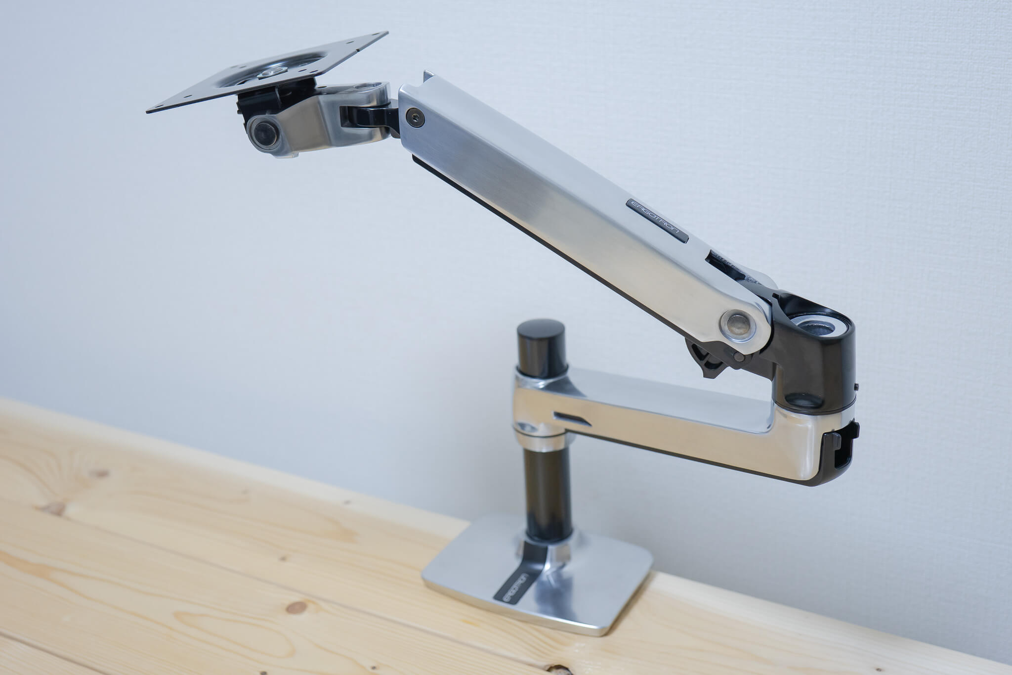 181022 ergotron lx monitor arm 8
