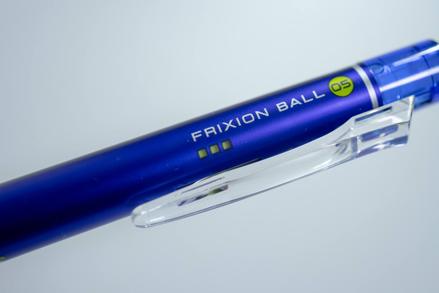 181201 frixion ball knock blue 4