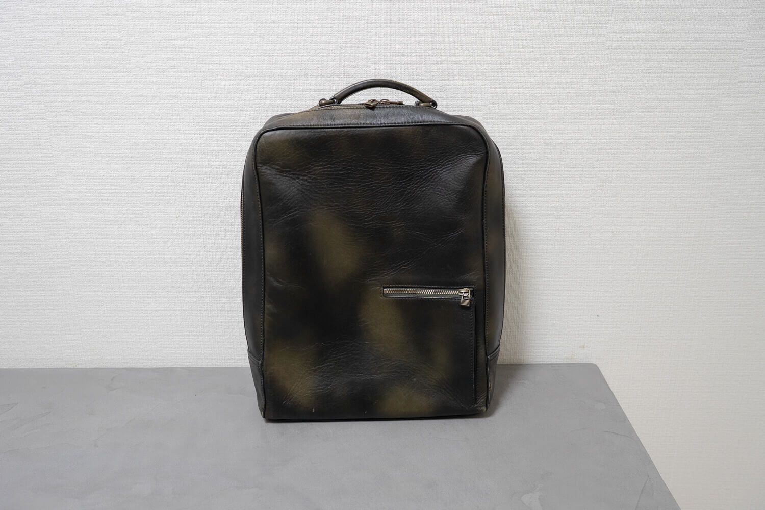 190110 antique square backpack 3