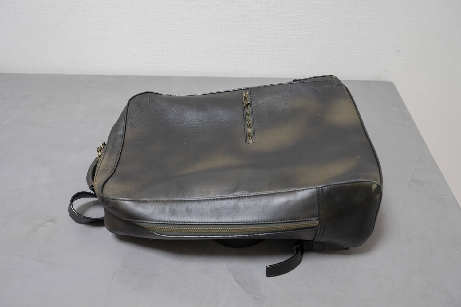 190110 antique square backpack 4